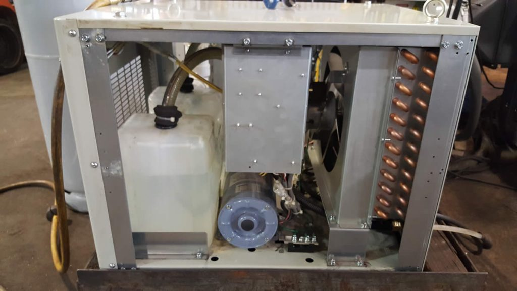 Komatsu Twister TFP3051 internal view cooling unit 02