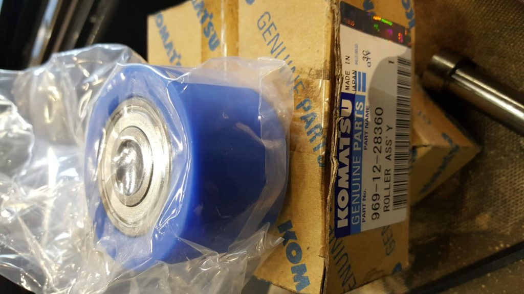Komatsu Twister TFP3051 new rollers